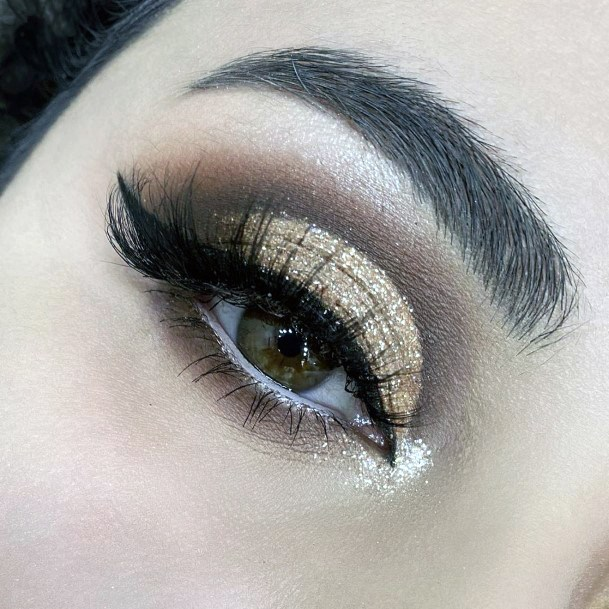 24k Gold And Brown Eyeshadow Women