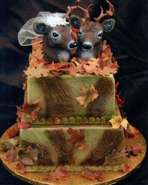Adorable Camo Wedding Cake