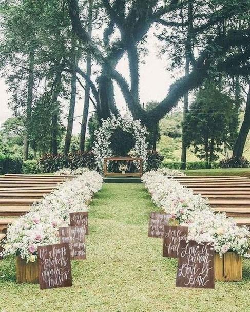 Alter Backyard Wedding Ideas