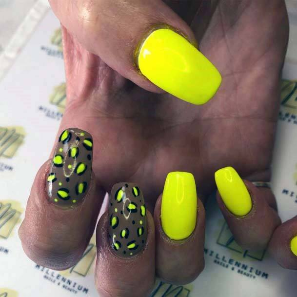 Animal Print Bright Yellow Nails For Women