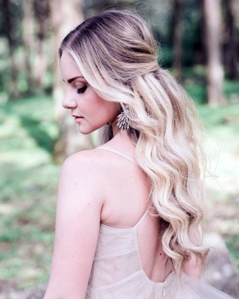 Ashy Tousled Hairstyle With Center Part