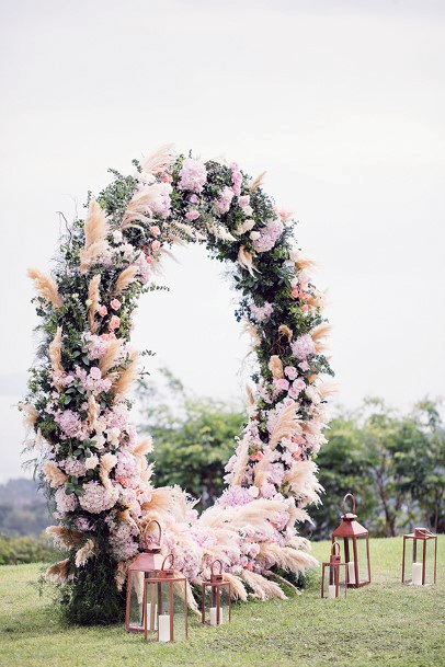 August Wedding Flowers Round Decor