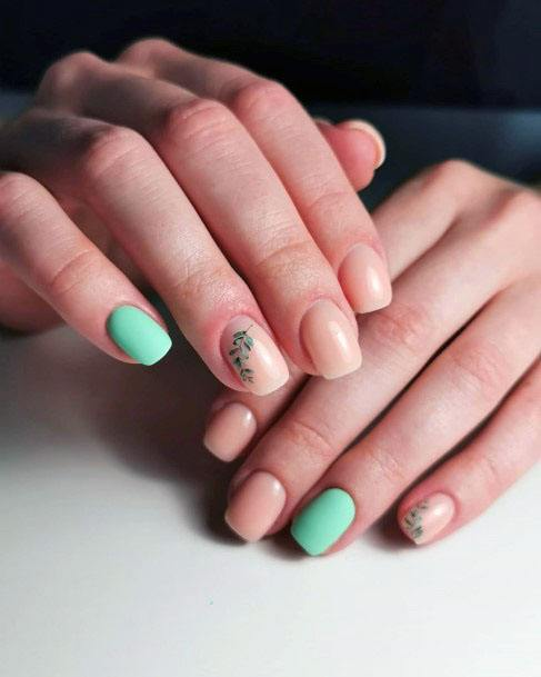 Awesome Mint Nail Accent With Leaf Art Women