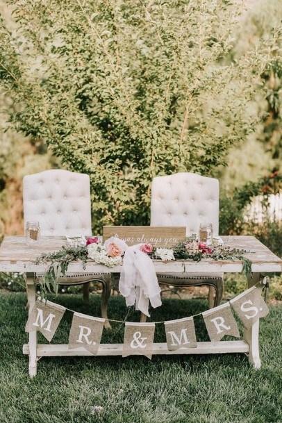 Backyard Rustic Wedding Table Decoration Ideas
