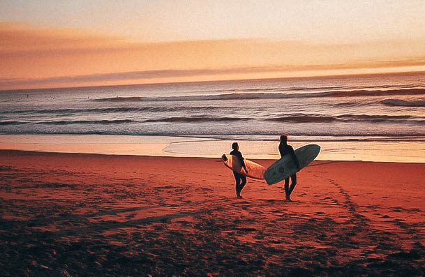 Beach Date Ideas Surfing Or Lessons