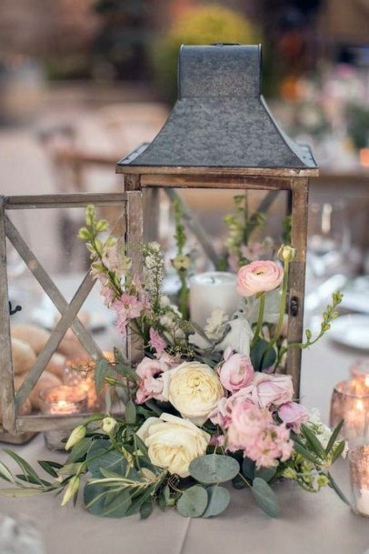 Beautiful Vintage Lantern With Florals Wedding Centerpiece Ideas