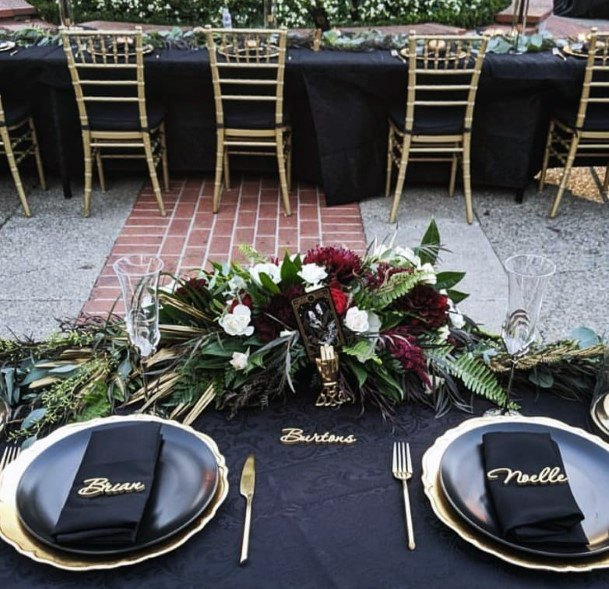 Black And Gold Table Settings With Burgundy Flowers Fall Wedding Ideas