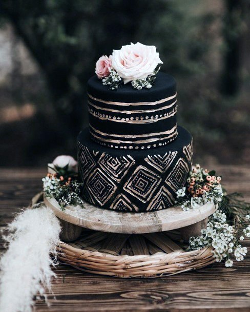 Black And Golden Diamond Art Wedding Cake