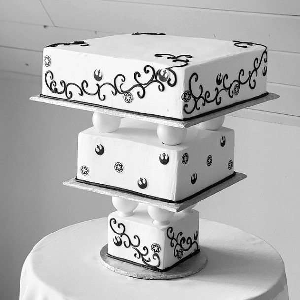 Black And White Upside Down Platform 3 Tier Wedding Cake Women