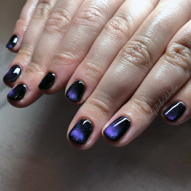 Black Blue Cat Eye Nails