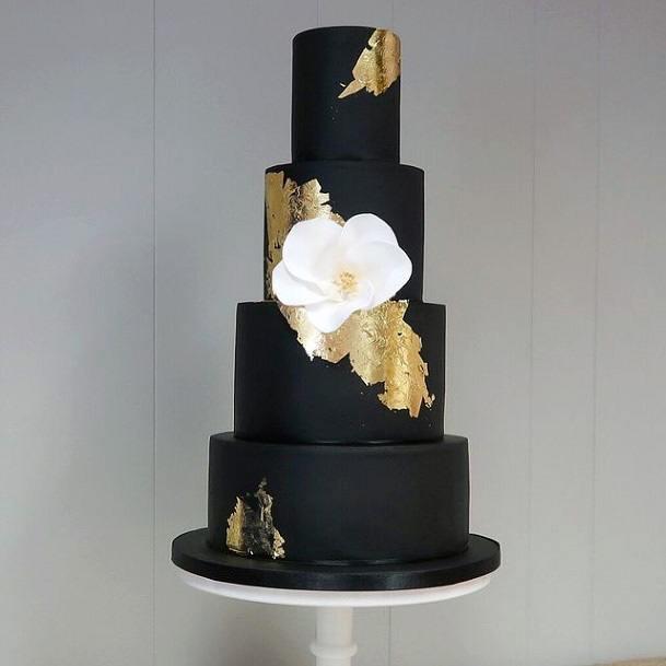 Black Fondant Elegant Wedding Cake Women