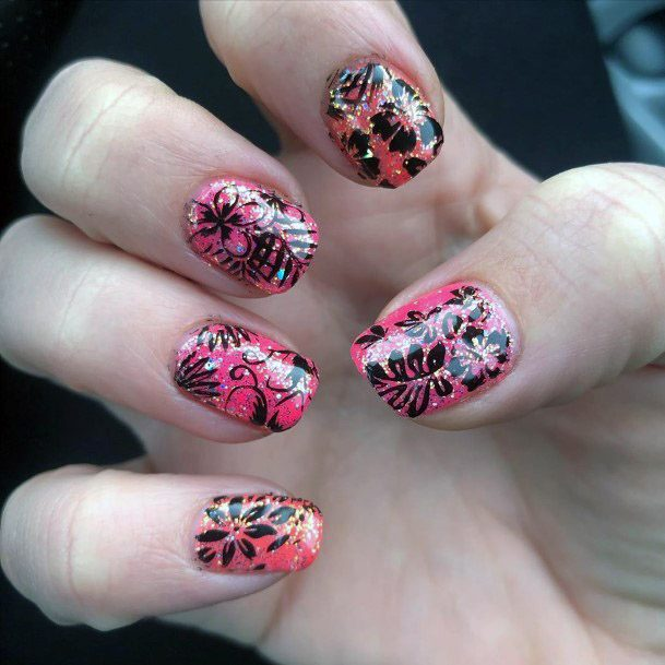 Black Henna Design With Pink Colored Sparkly Nails Tropical Women
