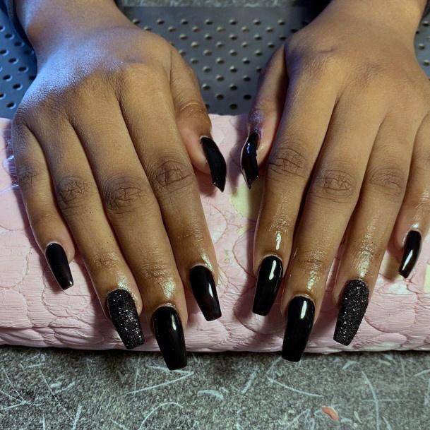 Black Sandy Glitter Accent Nail Women