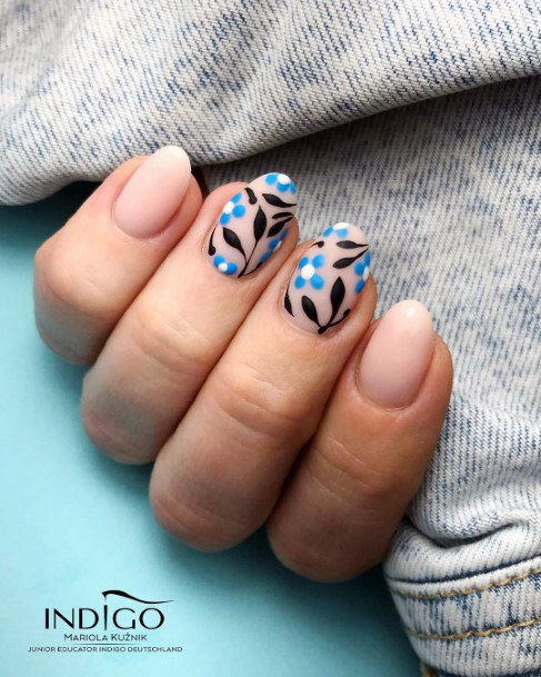 Blue And Black Leaves On Natural Nail Ideas For Women