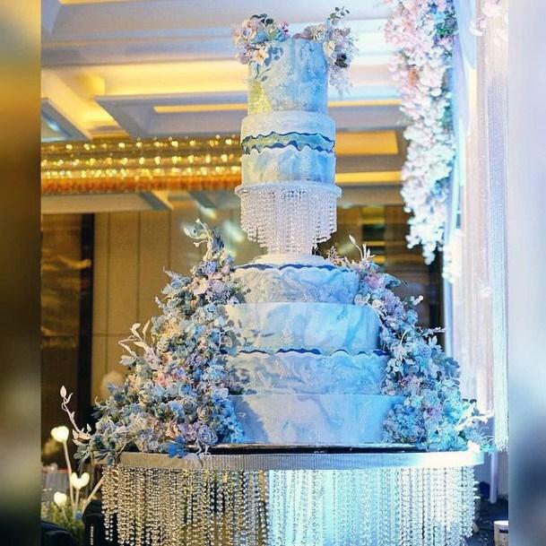 Blue Tinted Large Unique Wedding Cakes