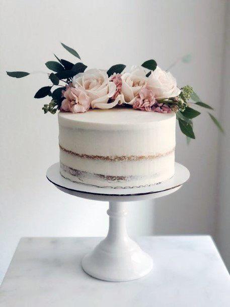 Blush Roses On Wedding Cake Flowers Decor