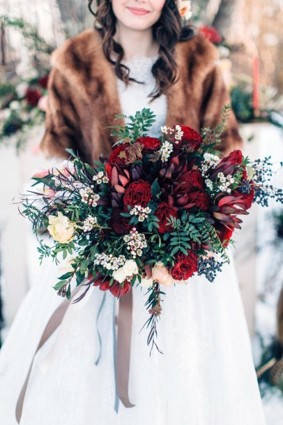 Bright Christmas Wedding Flowers
