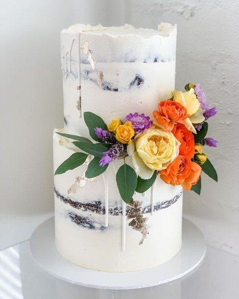 Bright Roses On White Wedding Cake