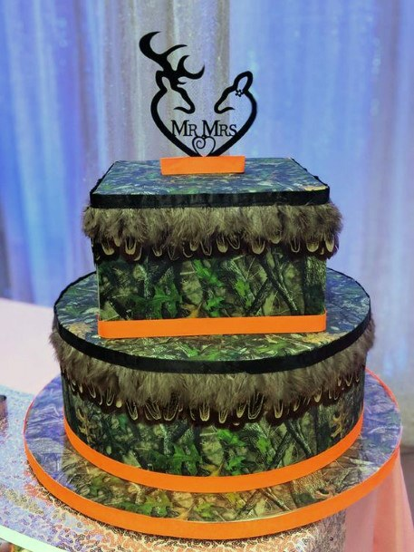 Brilliant Camo Wedding Cake