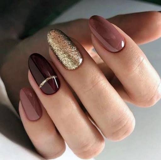 Brown Hued Pretty Nails For Women