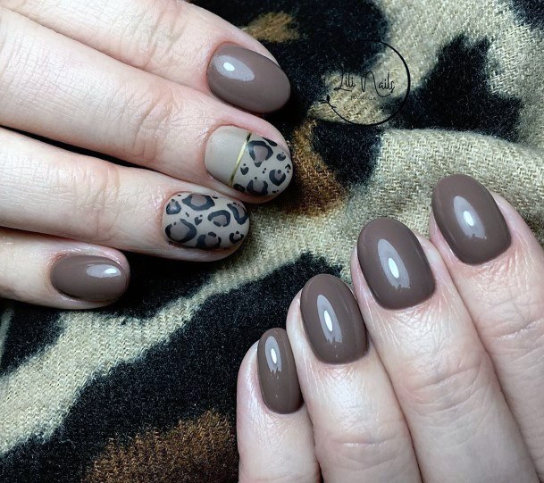 Brown Nails With Leopard Print For Women