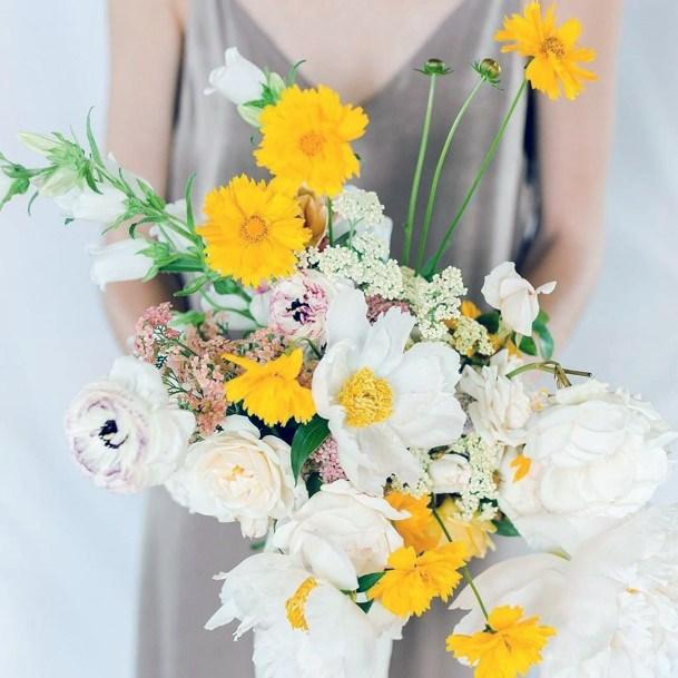 Captivating White And Yellow Wedding Flowers