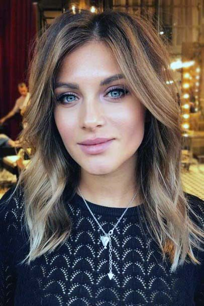 Casual Ombre Layered Hairstyle Women