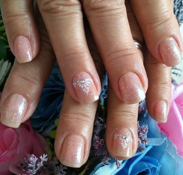 Charming White And Peach Sparkly Art On Nails