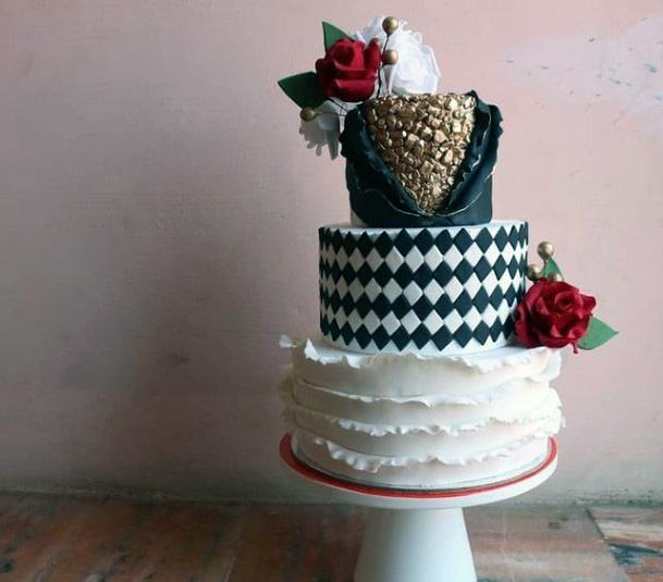 Checkered And Lace Wedding 3 Tier Cake Women