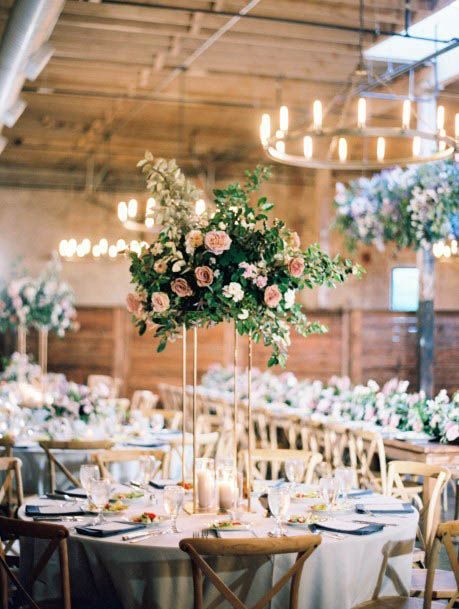 Cheerful August Wedding Flowers