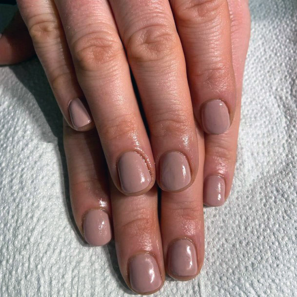 Chic Nude Nails For Women
