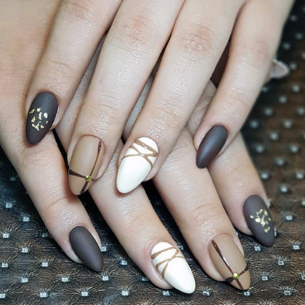 Chic White And Brown Nail Women