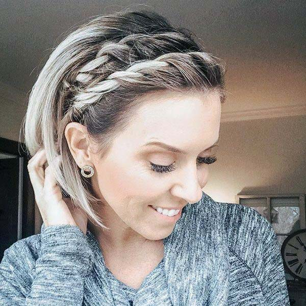 Chin Length Hair On Female With Double Side Hair Twist