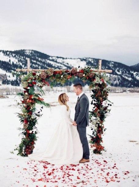Christmas Wedding Flowers Platform