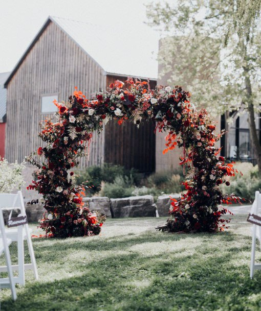 Circular Arch November Wedding Flowers