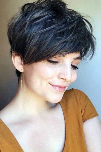 Classic Choppy Crowned Pixie Hairstyle Women