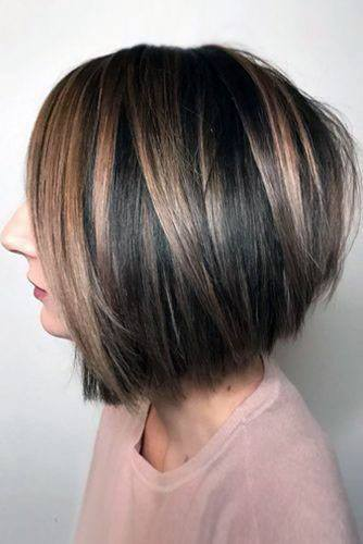 Classic Gold Highlited Bob Hairstyle Women