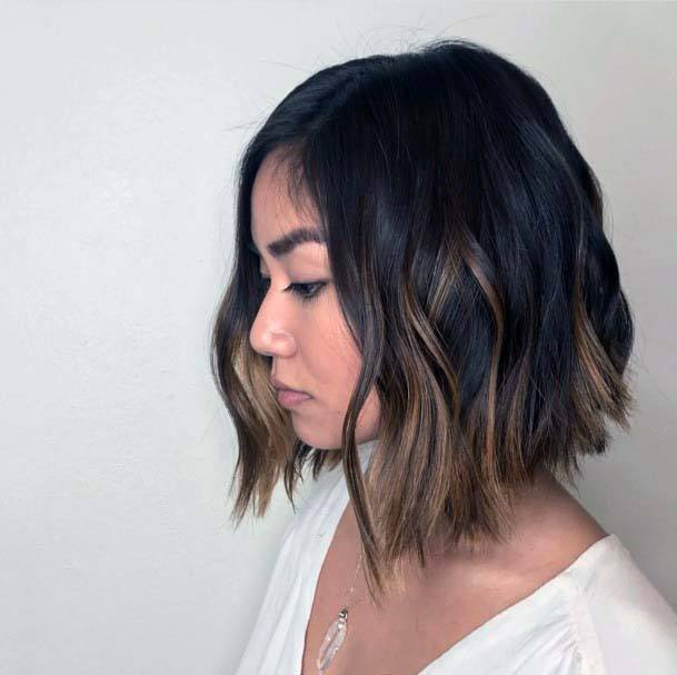 Classic Wispy Ended Long Bob Hairstyle Women
