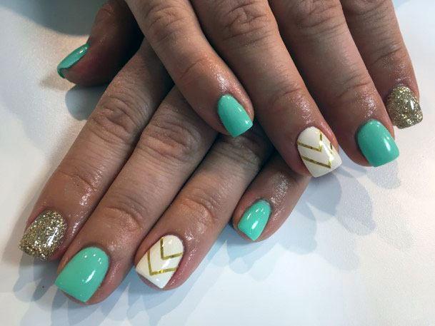 Classy Chevron Mint Nails With Glitter Women
