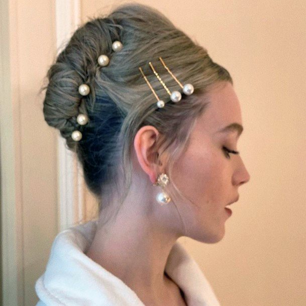 Classy Pearl French Twist For Girls And Women