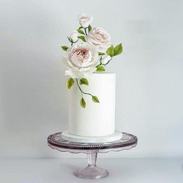 Classy White Elegant Wedding Cake Women