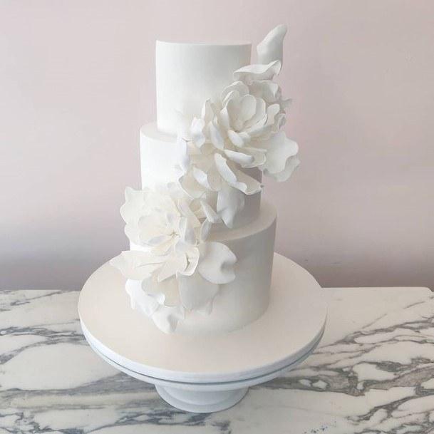 Clear White Wedding Cake