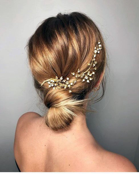 Coiled Low Chignon With Accessory