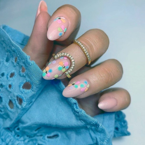 Colored Spherical Design April Nails Women