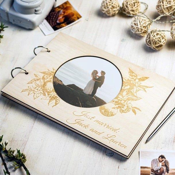 Cool Rustic Wood Bind Wedding Guest Book Ideas