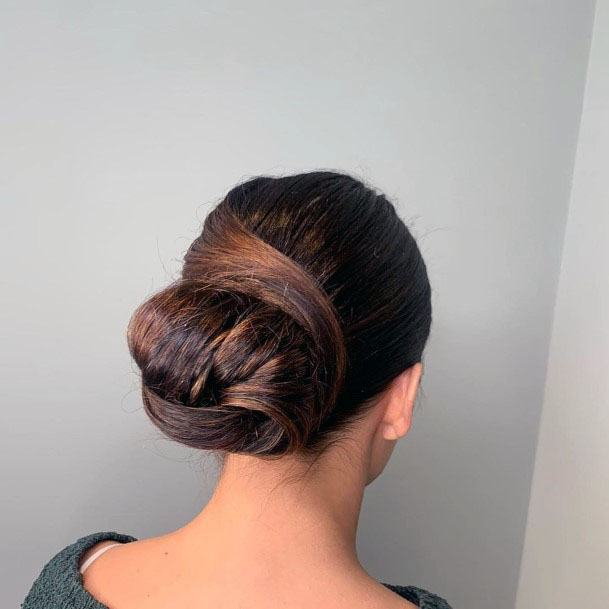 Cross Tied Chignon Women Hairstyle