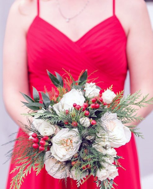 Crumpled White Flowers And Berries Christmas Wedding Flowers