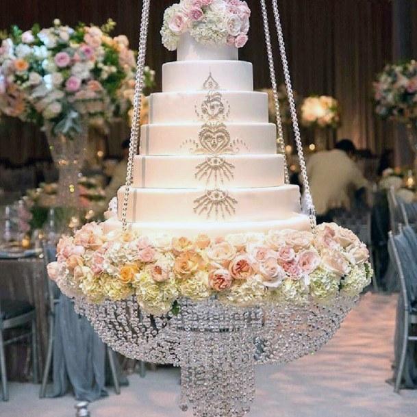 Crystal Chandelier Bbased Wedding Cake Stand Women