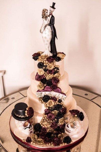 Cute Couplet Halloween Wedding Cake