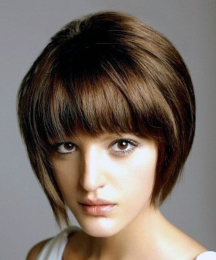 Cute Trendy Glossy Brunette Bob With Voluminous Bangs Hairstyle For Women